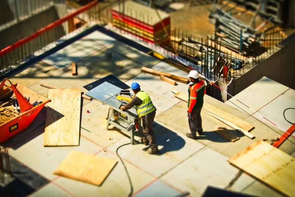 建築完了後、すぐに外構工事を行えるようにするため。