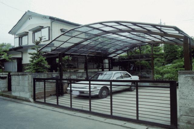 広いカーポート&門扉設置
